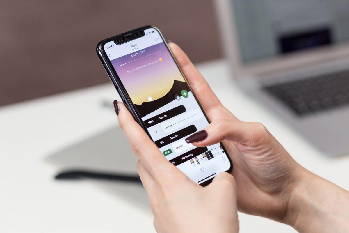 Apple pokrenuo novo ažuriranje za iPhone koje bi trebalo riješiti problem špijunaže uređaja