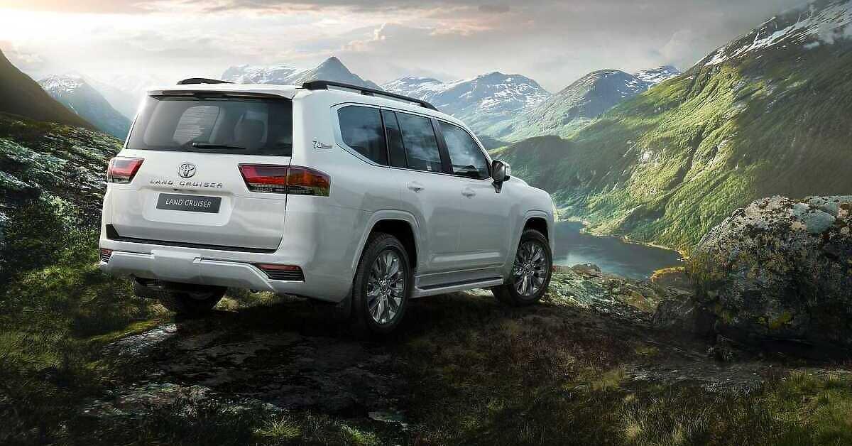 Toyota otkrila novi Land Cruiser: Kralj bespuća sada je lakši, štedljiviji i još sposobniji