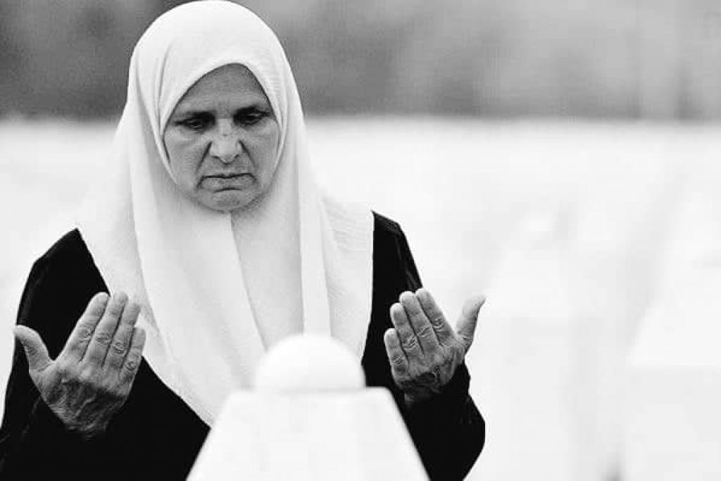 Na današnji dan prestalo je kucati srce Hatidže Mehmedović, hrabre srebreničke majke