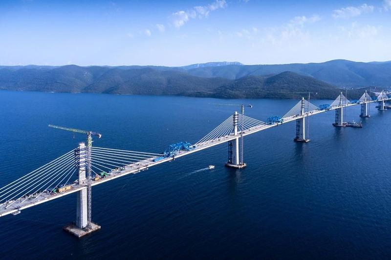 Danas će biti spojen Pelješki most, mediji to predstavljaju kao spajanje Hrvatske nakon 300 godina