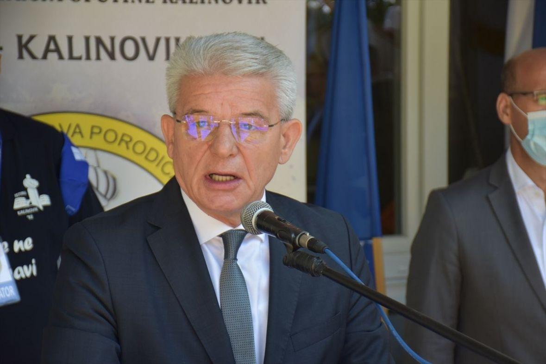 Šefik Džaferović: Inzko ispunio svoju obavezu prema žrtvama