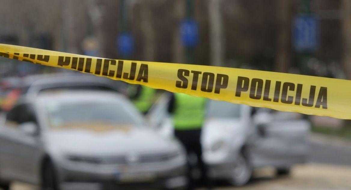 Filmska potjera: Automobilom probio rampu na granici Crne Gore i Srbije