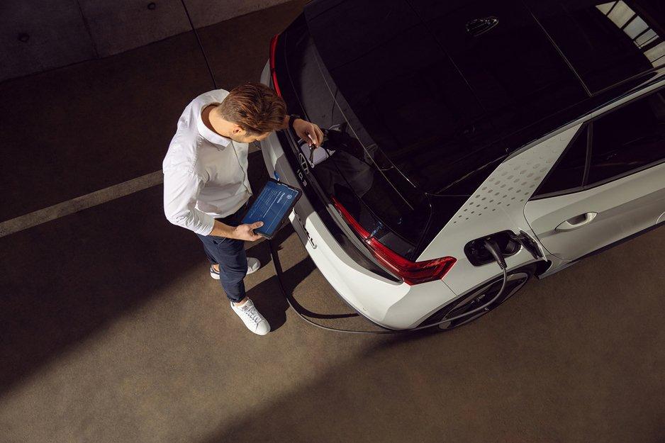Servisiranje električnih automobila: šta je važno znati?